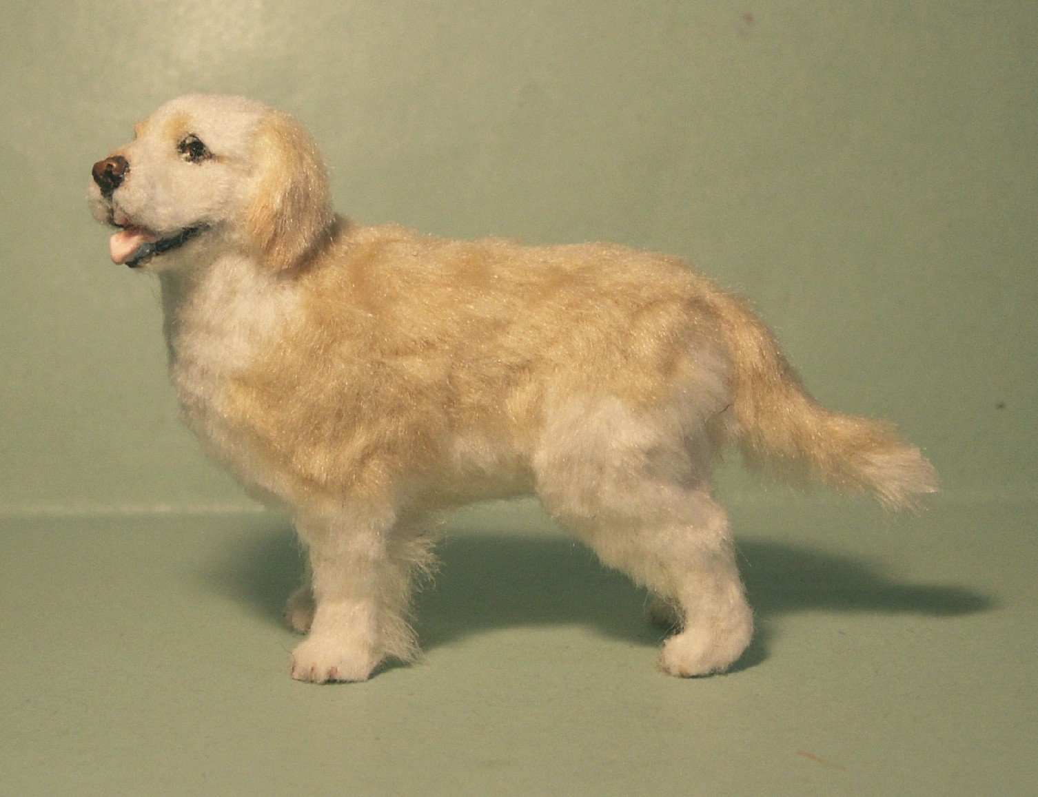 Golden retriever for the dolls house